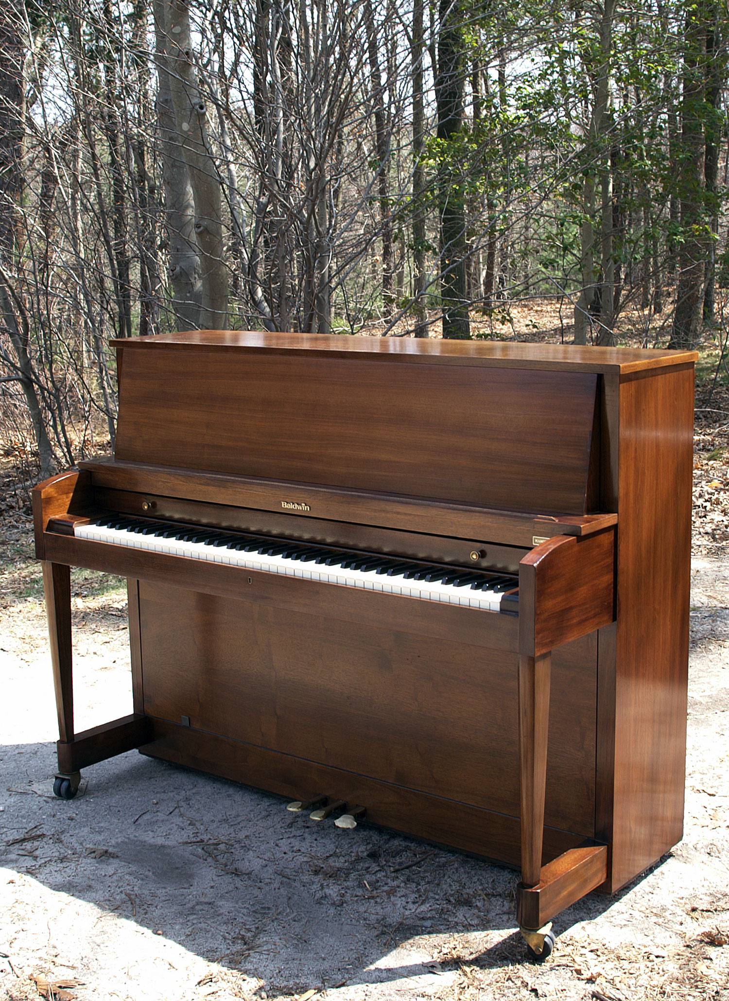 (SOLD) Baldwin Hamilton Studio Upright Piano 1980 Walnut Like New!