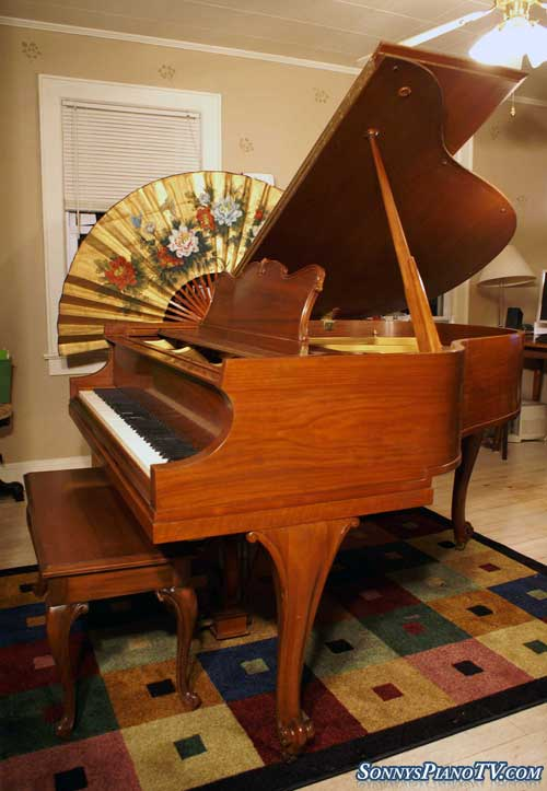 (SOLD)Art Case Baldwin Baby Grand Piano Model M 5'1