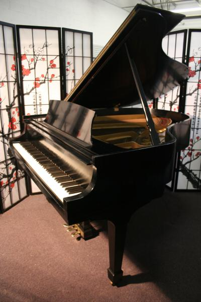 (SOLD)Steinway Grand Piano Model M 1972 Ebony Satin