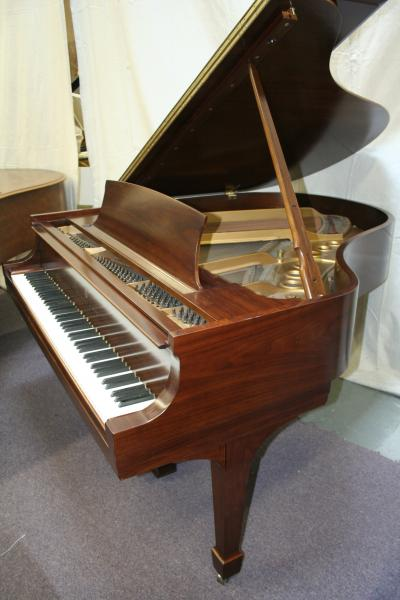 (SOLD)Steinway Grand Piano Model M 5'7