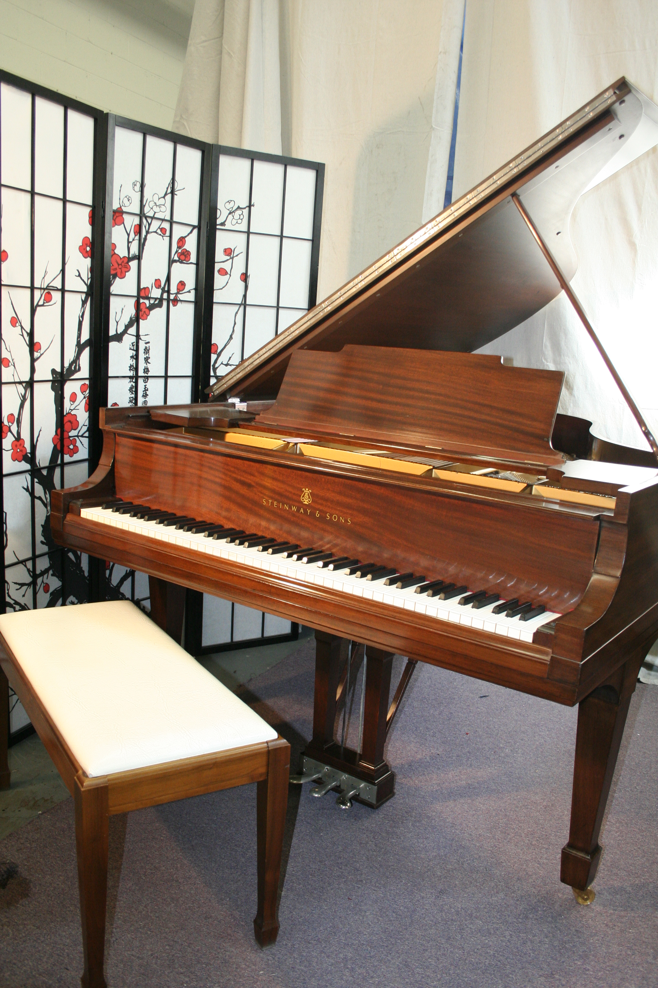 (SOLD) Steinway Piano Model M 5'7' 1918 Mahog. (VIDEO) New Bass Strings 2012