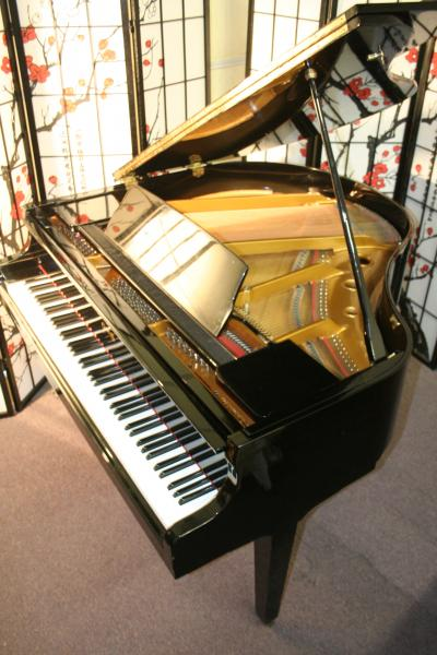 (SOLD) High Gloss Baby Grand Piano 4'7  By Samick made for QRS Company .FREE NATIONWIDE HOLIDAY SHIPPING!