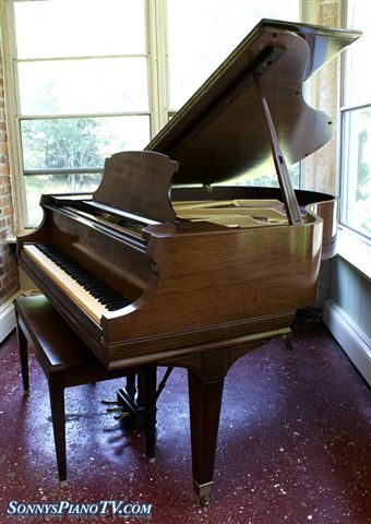 (SOLD)Mason & Hamlin Piano 1981 Model B 5'4