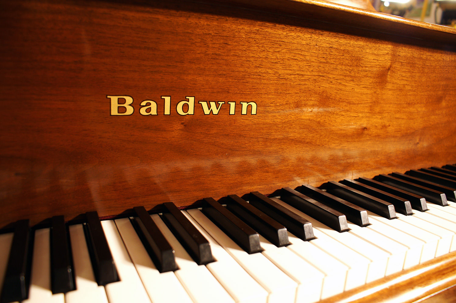 (SOLD-Congratulations Dr. R. & Family) Magnificent Baldwin Baby Grand Piano Model M 5'2