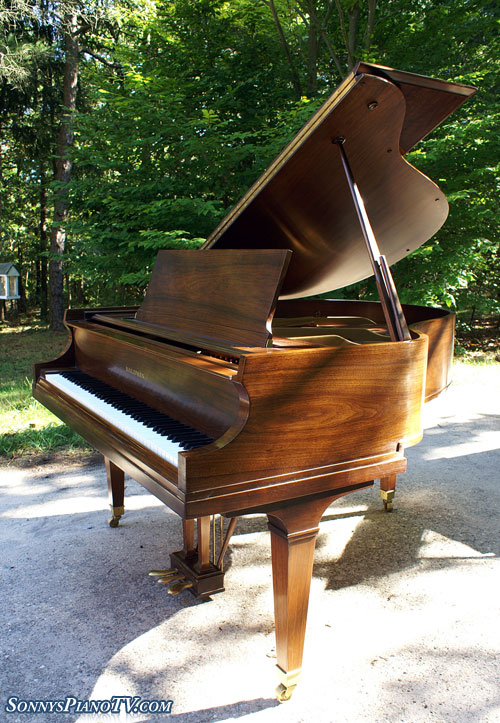 (SOLD Congratulation Betts Family) Baldwin Piano Baby Grand Model M Walnut 1978