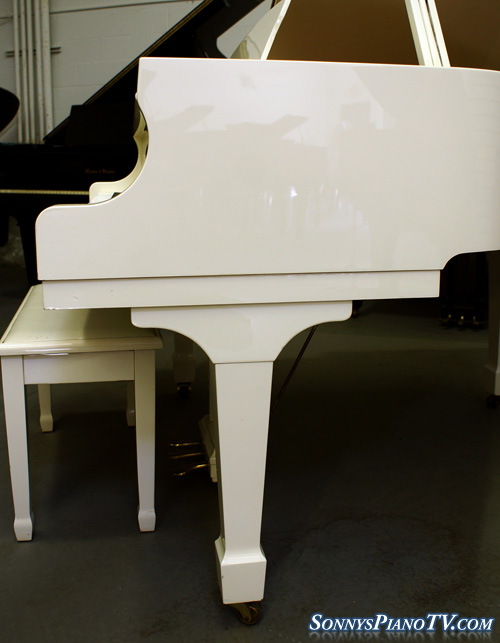 (SOLD) White Gloss/Ivory Baby Grand Piano by Samick $4500.