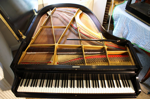(SOLD)Chickering  Grand Piano 5'6