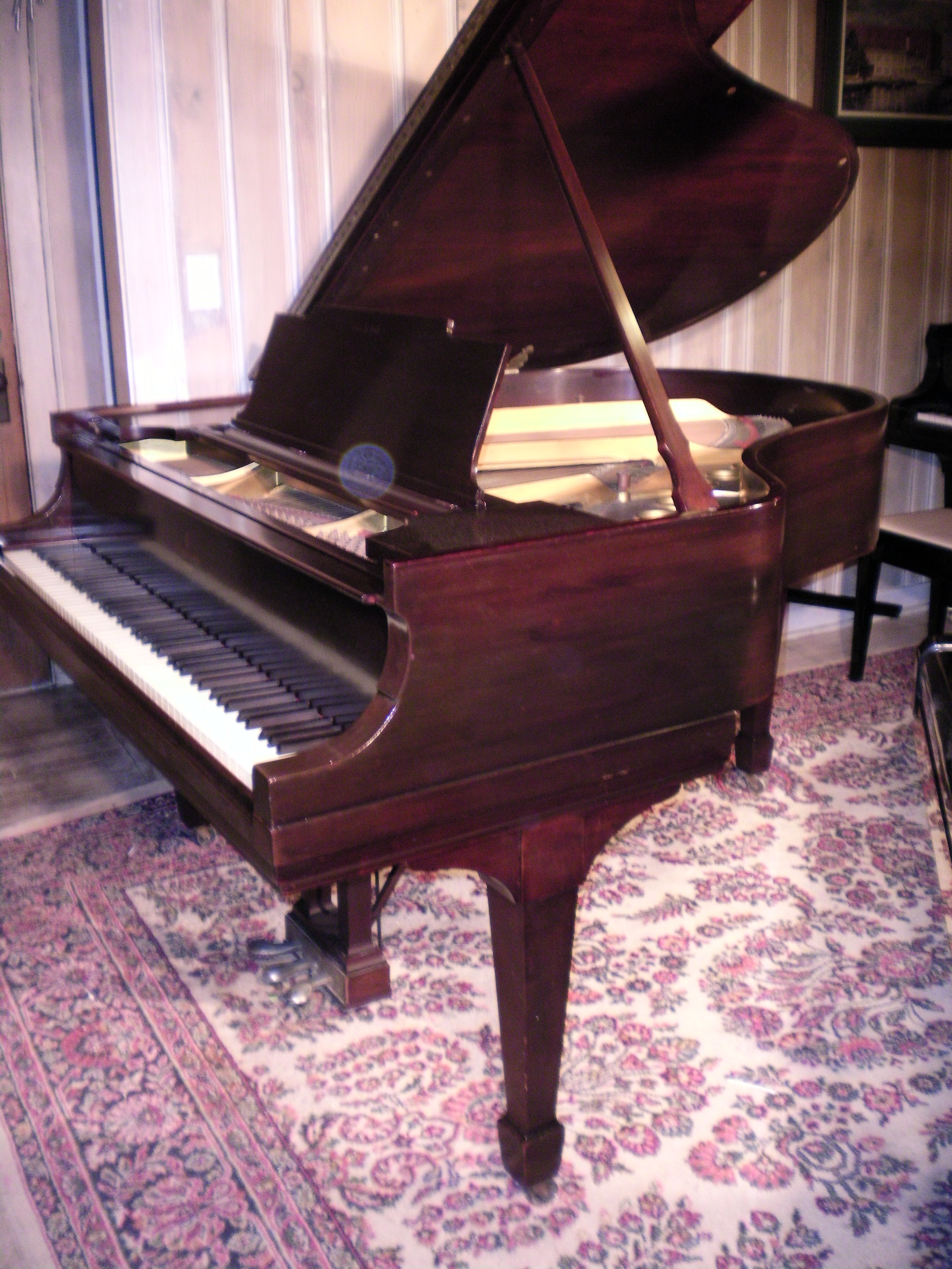 (SOLD Congratulations Kris & Wife) Steinway Grand Piano Model M 5'7