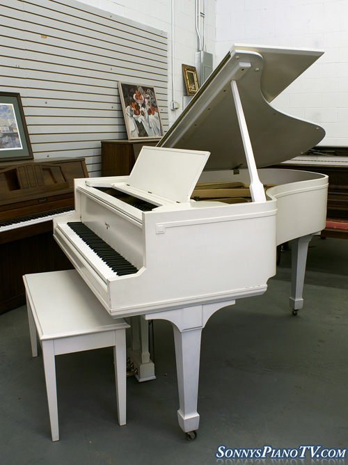 (SOLD) White Semi-Gloss Baby Grand Piano