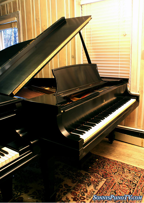 (SOLD) Steinway Grand Piano Model L 5'11' 1933, (Hear mp3) Ebony Reblt/Refin.