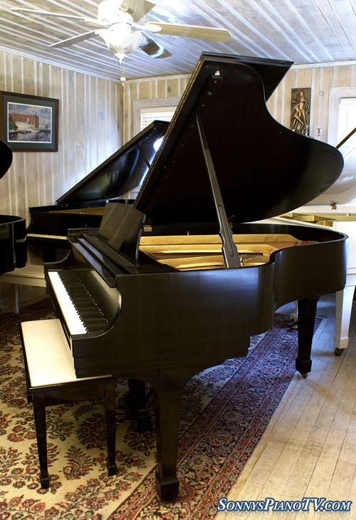 (SOLD) Steinway Grand Piano Model M 5'7