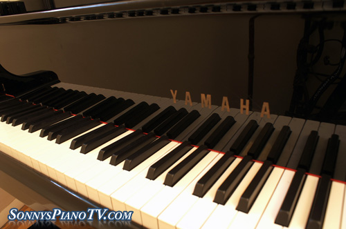 (SOLD) Yamaha G2 Ebony Grand Piano Rebuilt 1995