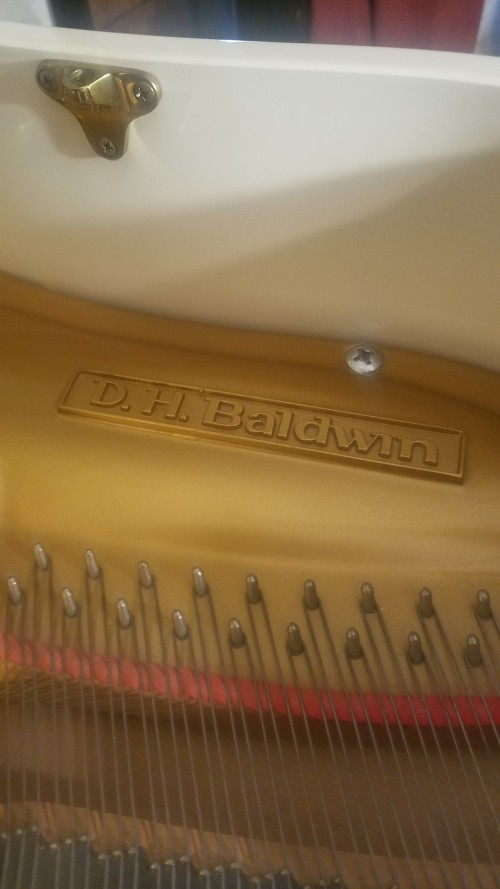 DH Baldwin White/Ivory Gloss 4'7