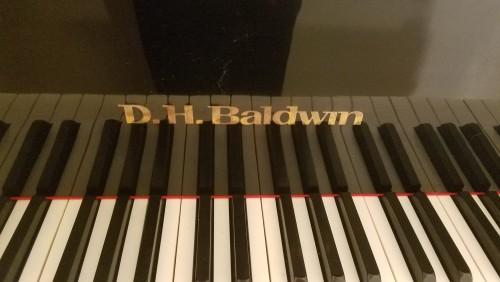 DH Baldwin Ebony Gloss