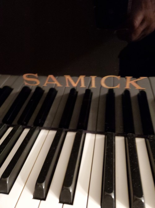 SAMICK PLAYER PIANO QRS CD PIANOMATION BABY GRAND Ebony Gloss  5' 2000 $4900. (BLOWOUT SALE)