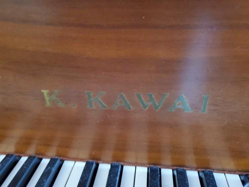 Kawai Grand Piano Walnut 5'10