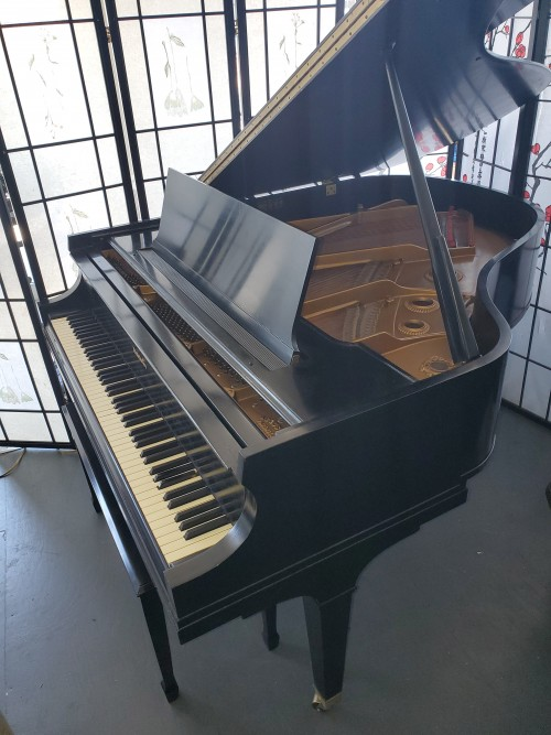 Baldwin Grand Piano Model