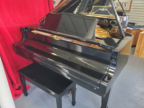 (SOLD) Ebony Gloss Young Chang G-150 4'11 1988 Warranty