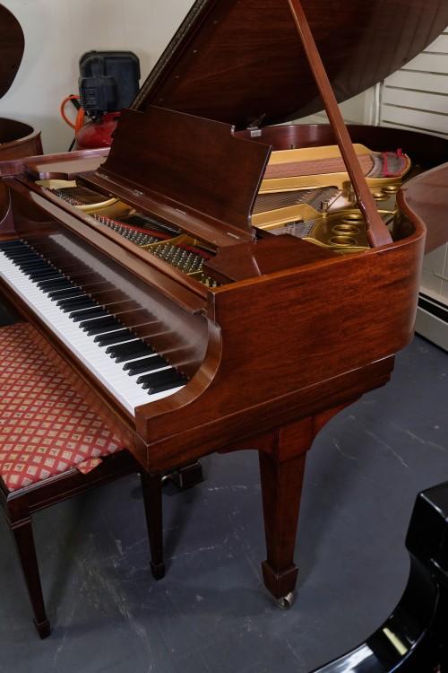 Steinway M Grand Piano 5'7