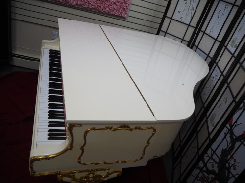 White Gloss Schumann Piano Art Case Queen Anne Style with Gold Trim $5900.
