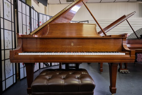 Steinway L TOTAL STEINWAY FACTORY RESTORATION only 5 years ago 2015 $39,500.