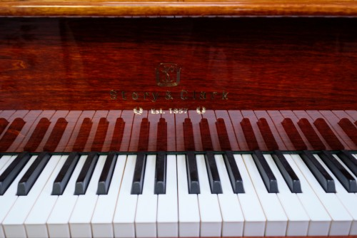 (SOLD)Story & Clark Baby Grand w/CD Player System 2002 Mahogany By Sonny's Pianos & Piano Yoga