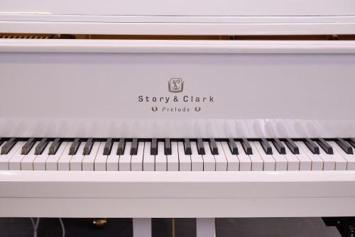 White Gloss Story & Clark Baby Grand CD Player Piano $7500.