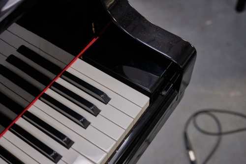 Schumann High Gloss Ebony Baby Grand Piano 5'2