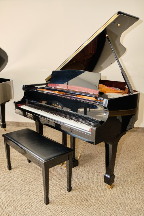 (sold) Knabe Baby Grand 2002