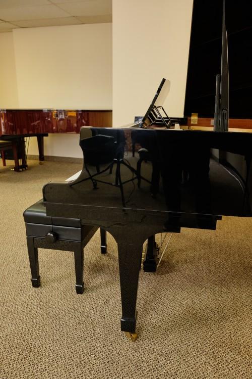 Kawai Grand Piano KGE3 6'1