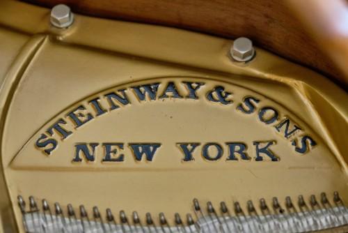 Steinway M King Louis XV Walnut 1967 Pristine, Rich Tone, Art Case $20,000.