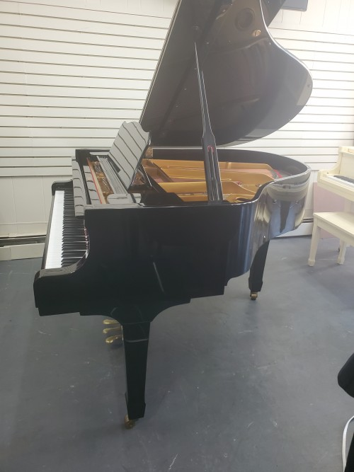 Young Chang Ebony 1988, Excellent, Warranty, Blowout Sale! $3950.