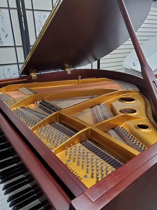 Art Case Hardman Baby Grand Piano 2016, Satin Mahogany, Queen Anne Style Like New $3599.