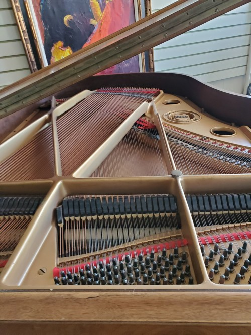 Art Case Knabe Baby Grand, Gorgeous Hand Carved, Queen Anne Style, Beautiful Burled Walnut $3950.