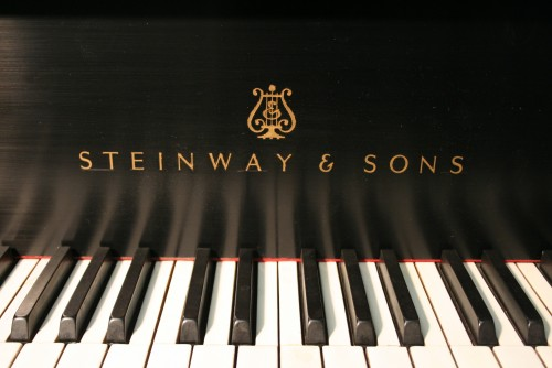 013(SOLD) Steinway Model M 5'7' 1952 (VIDEO) Total Rebuild/New Renner Action/Board/Block March 2