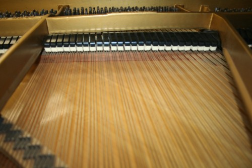 Steinway Grand Piano Model L 5'10' Ebony 1927 Reblt/Refin. (SOLD)
