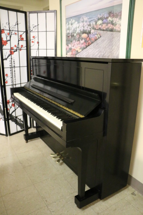 (SOLD) Steinway Upright Piano 1098 1978