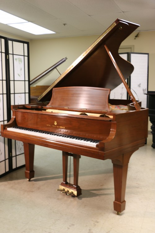 Steinway B Grand Piano Walnut 1978 Original Steinway Parts 1978 Excellent (SOLD)