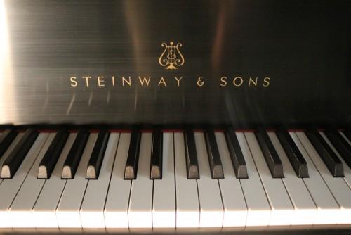 (SOLD Congratulations Rivera Family) Steinway Model M 1993 Pristine (VIDEO) Like New