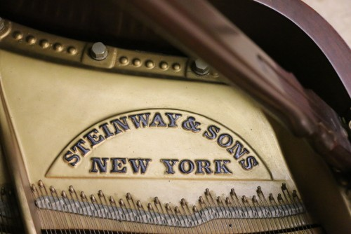 (SOLD) Steinway B 6'10.5 1966 (VIDEO) Beautiful Walnut Excellent In/Out .