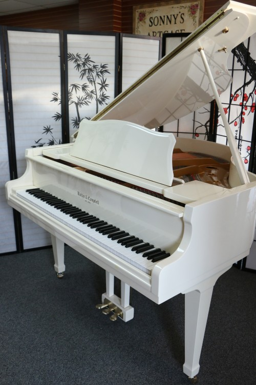 (SOLD) White Gloss Baby Grand Piano 4'7