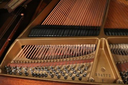 Steinway Grand Piano Model L 5' 10.5