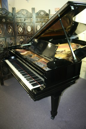 Steinway Concert Grand Model C Ebony Gloss 7'5' 1908 Total Rebuild/Refinished 15 years ago New Steinway Action $27,500.