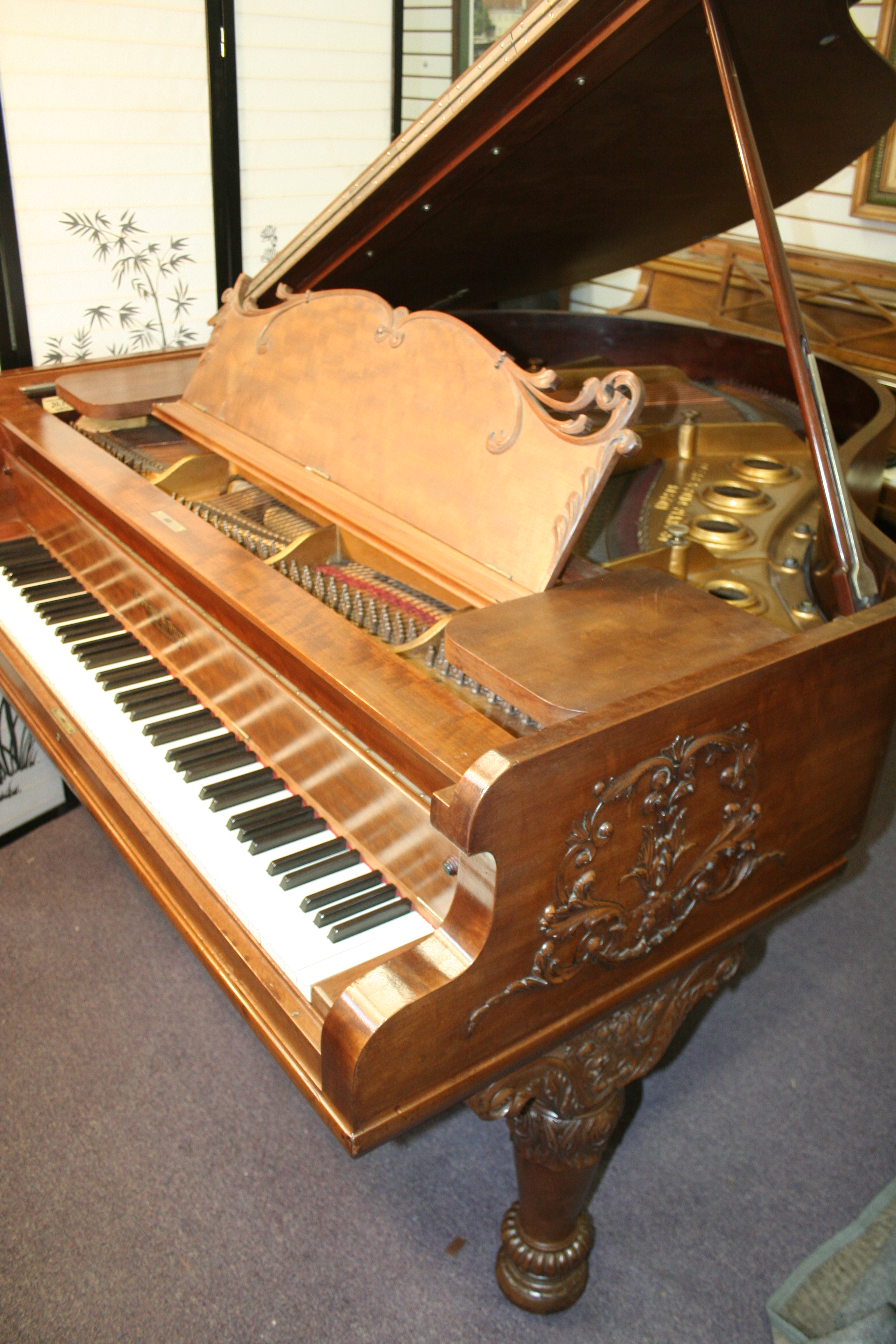 (SOLD)Beautiful Art Case Ivers & Pond Grand Piano 5'8