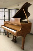 Steinway M 1971 Walnut $12,500. (VIDEO) Beautiful Grain & Rich Tone