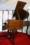 (SOLD) Luxury Art Case Steinway M King Louis XV 1930 Refinished/Restored walnut