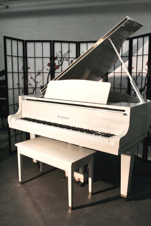 (SOLD) White Gloss Kawai GE1 Baby Grand Piano 1988 $5900.
