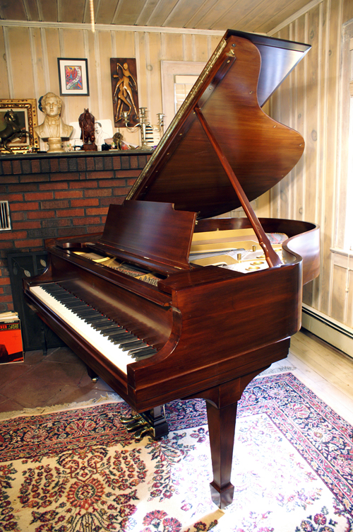 (SOLD) Steinway Piano Model M 5'7
