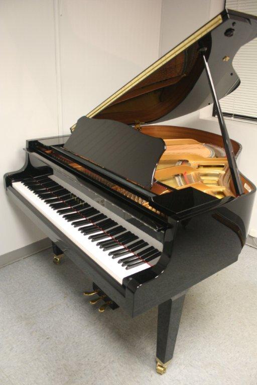 yamaha baby grand piano deals on 1001 blocks