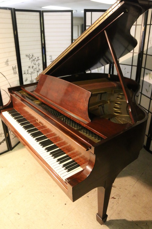 Sonnys piano tv piano photos sold steinway s baby for How big is a baby grand piano